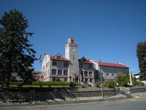 Okanogan_County_Courthouse_01_zps28add994.jpg